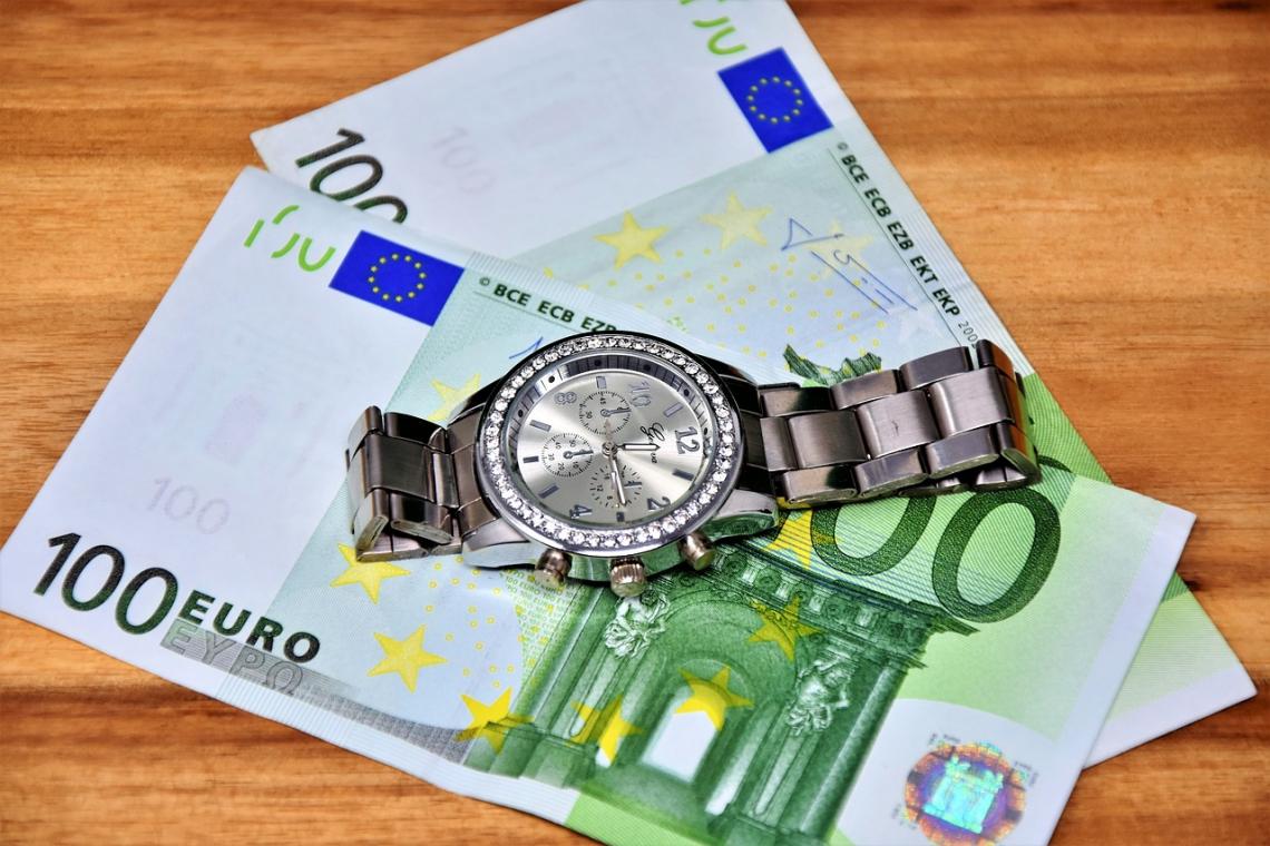 Ministerstvo financí plánuje zrušit superhrubou mzdu