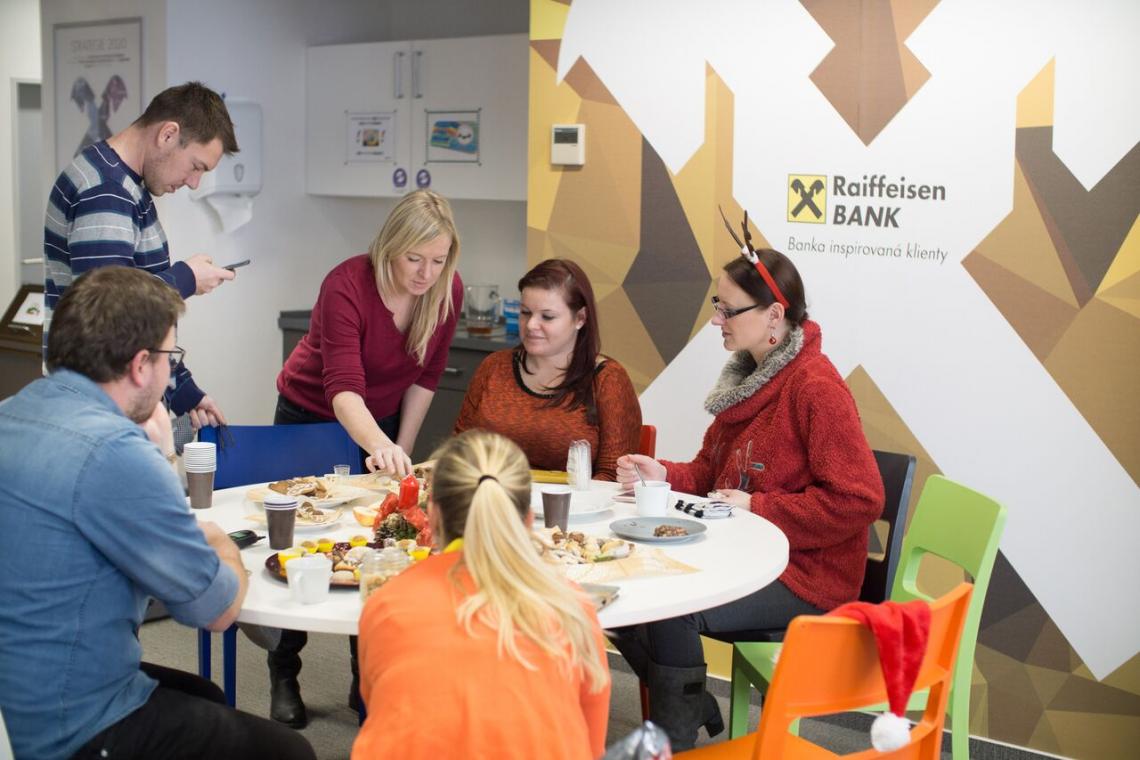 Raiffeisenbank - Kontaktní centrum Teplice je dle recenzí zaměstnavatelem roku 2018