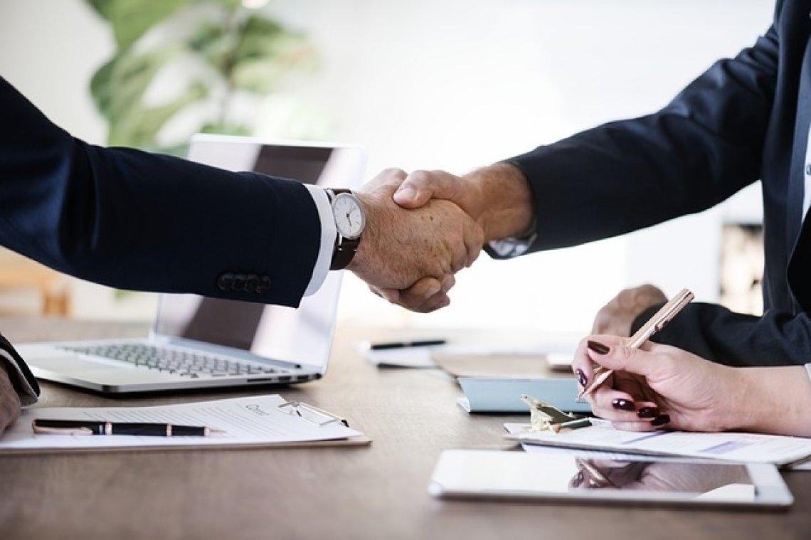 Co je smlouva o dílo - podpis smlouvy o dílo
