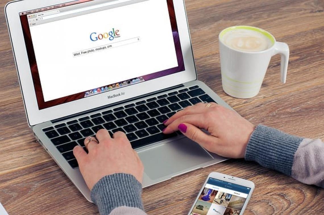 Hledání práce na internetu
