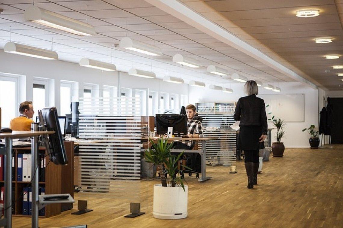Kancelář - jak se vyvíjely kanceláře, kancelářské prostředí