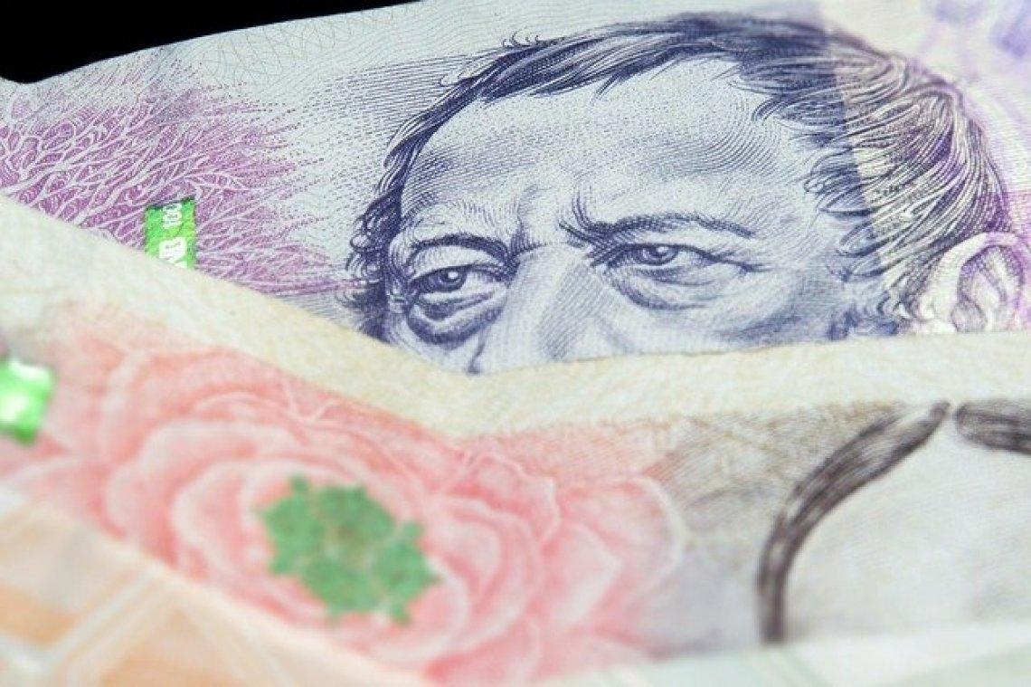Minimální mzda - peníze, finance, zaručená mzda