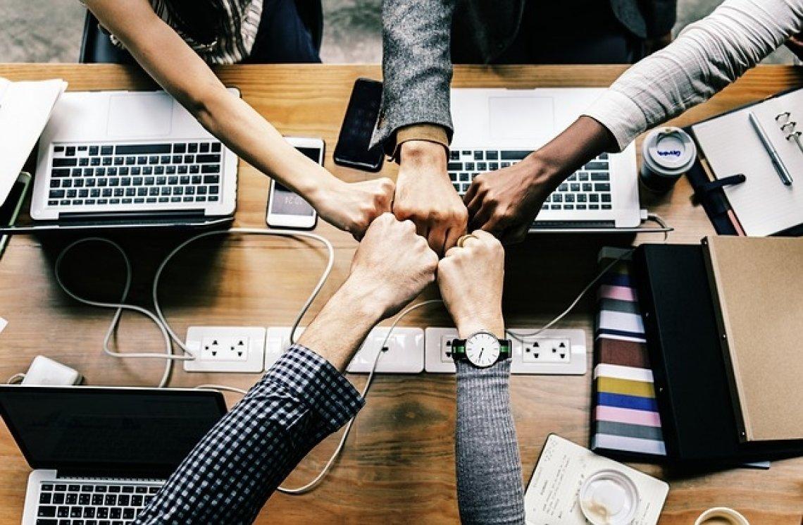 Motivace, kolegové, pracoviště, motivace zaměstnanců