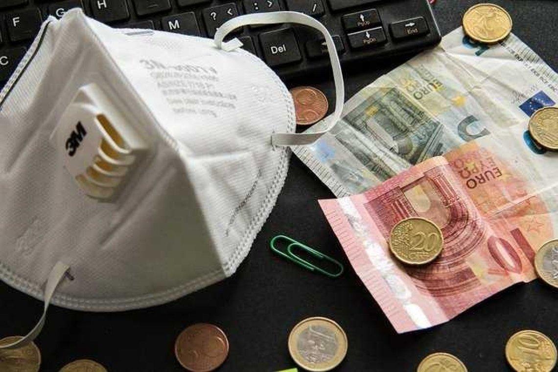 Následky COVID-19: Odklady splátek i pozastavení poskytování půjček