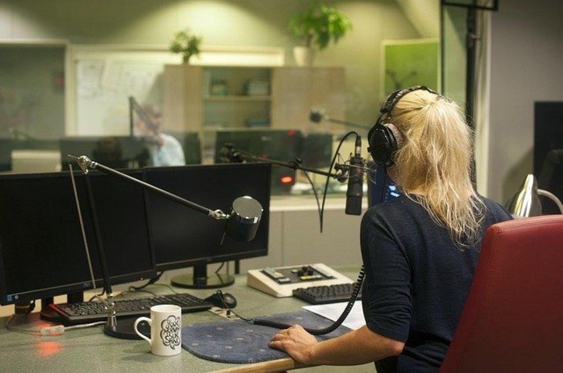 Nejlepší české podcasty - rádio, vinohradská 12
