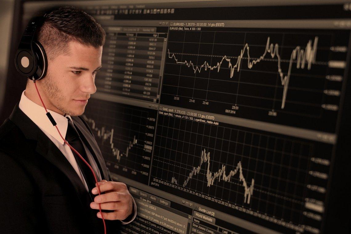 Nejlepší investice do akcií_obchodník