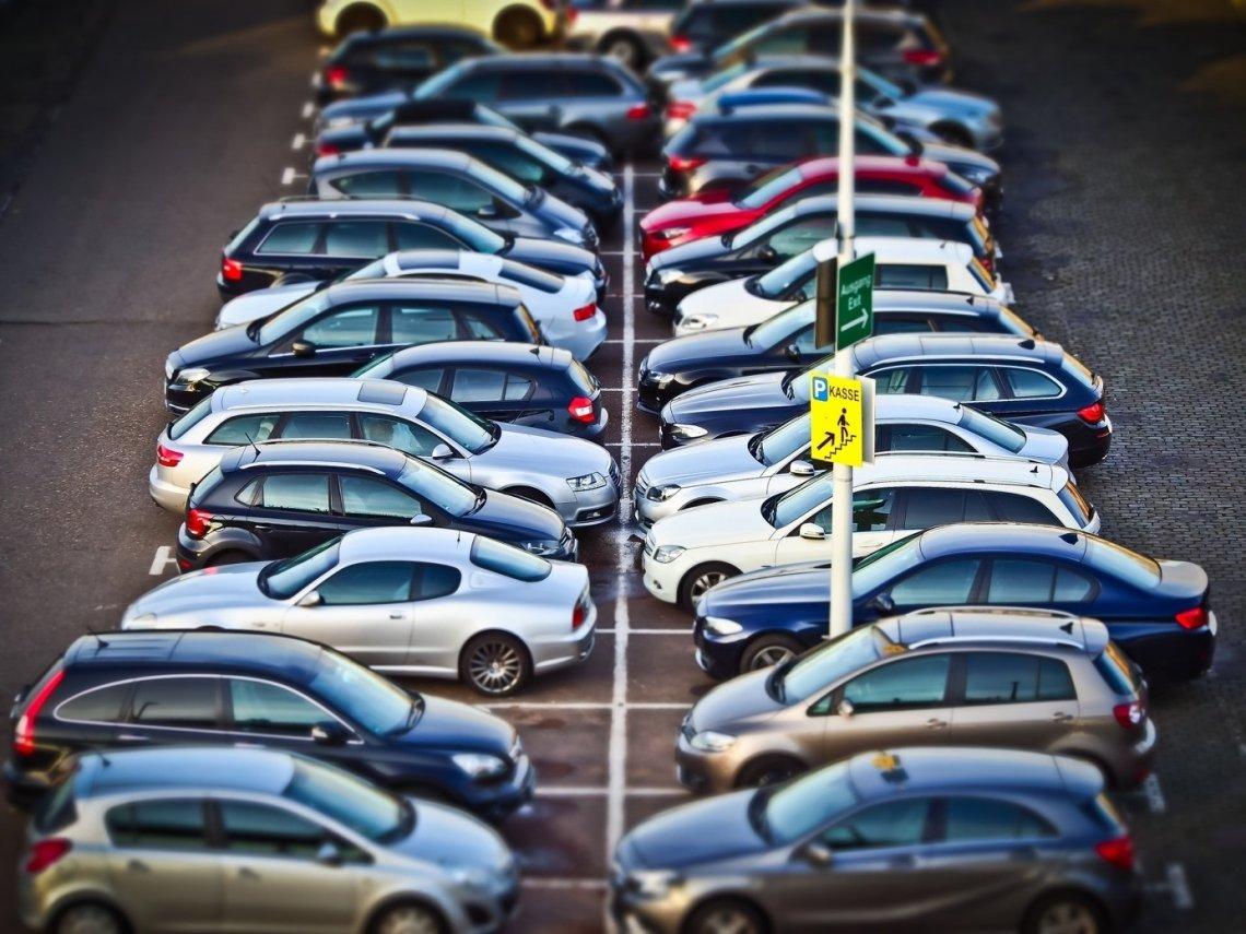 Parkování v Praze - jak na parkování v Praze, barevné zóny