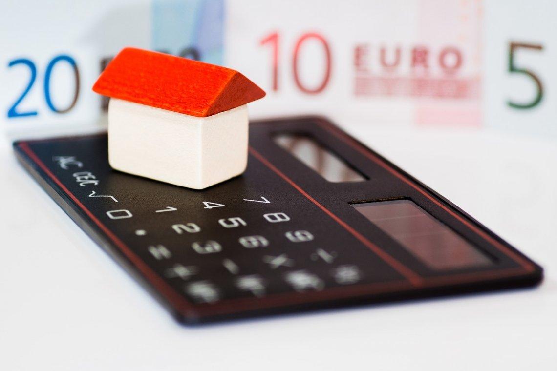 Refinancování hypotéky: hypotéka, domov, finance, investice.