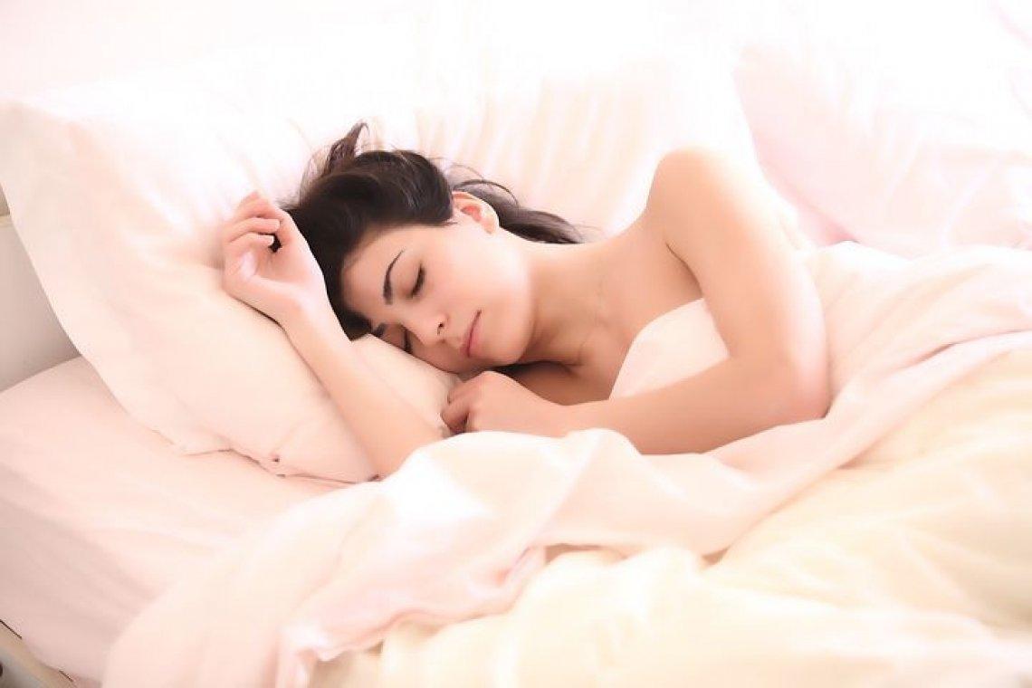 7 Tipů: Co dělat pro lepší spánek? +Fáze a typy