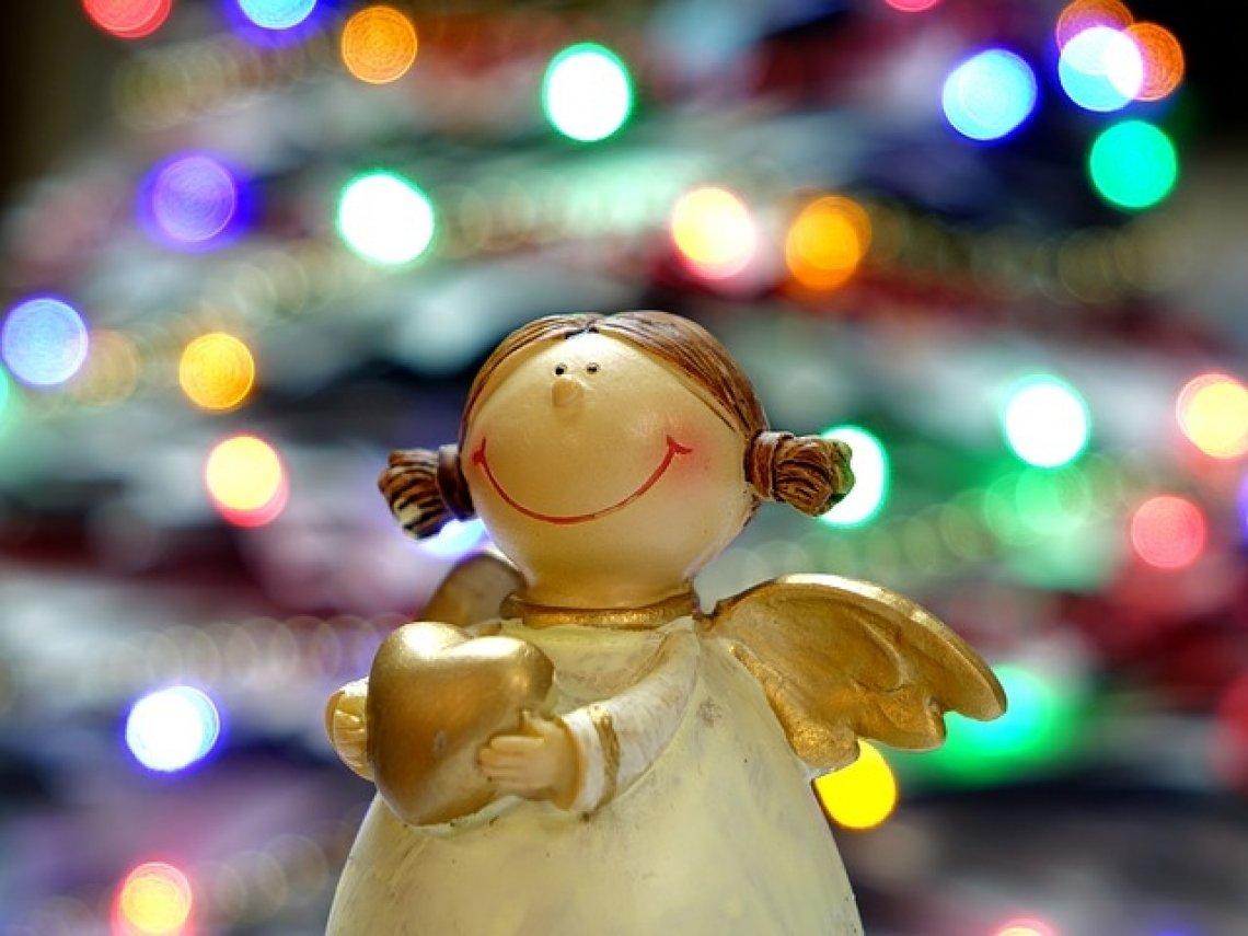 Vánoce - české Vánoce, andílek, vánoční strom.