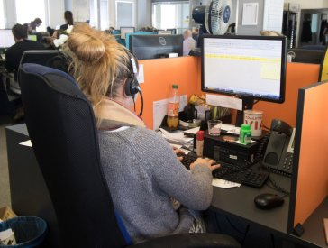 Práce v call centru AAA