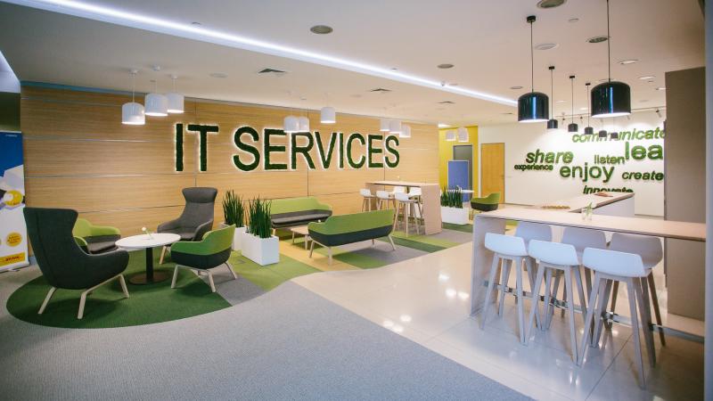 Chceme, aby naši noví kolegové byli optimističtí, říká vedoucí náboru IT v DHL, Lukas Mandzikievic