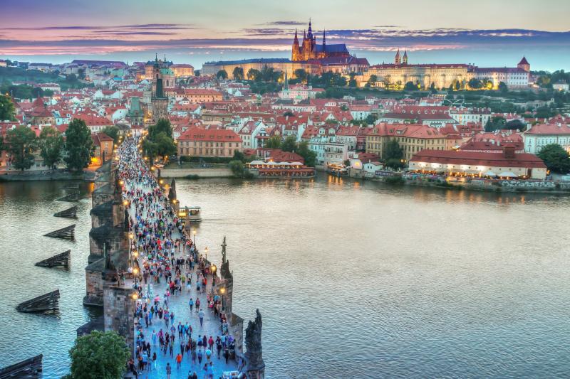 Jaký je průměrný plat v Praze?