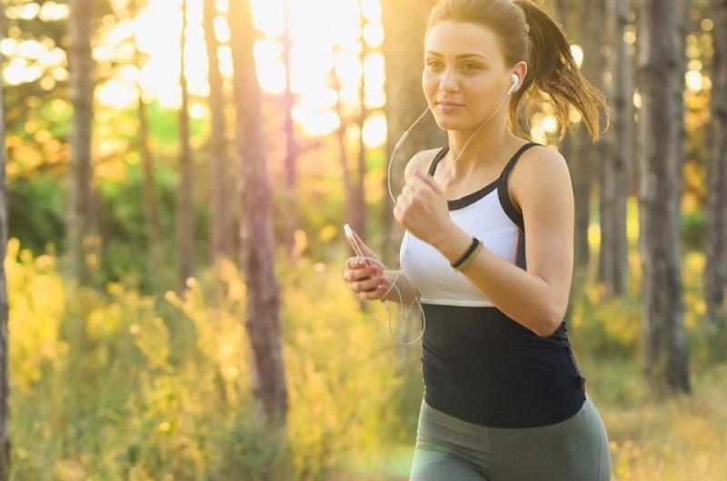 Hormon štěstí zlepšuje náladu i pracovní nasazení - nedostatek serotoninu, běh