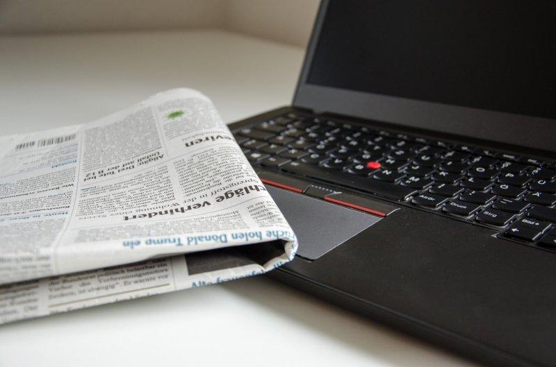 Jaké byly první zprávy na internetu v České republice_noviny