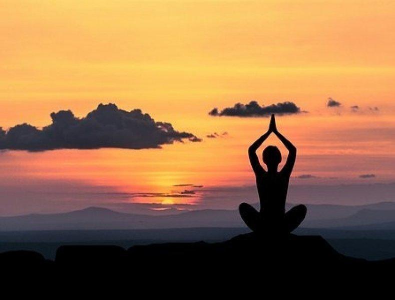 Meditace prokazatelně pomáhá v práci i životě