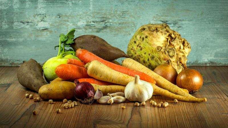 peceny-kralik-nejlepsi-recepty-na-cesneku-i-zelenine