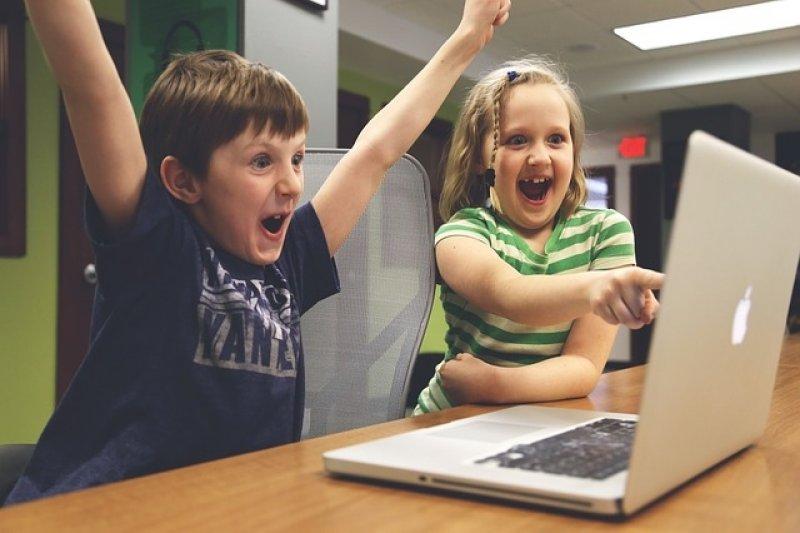 Tellonym - děti a počítač